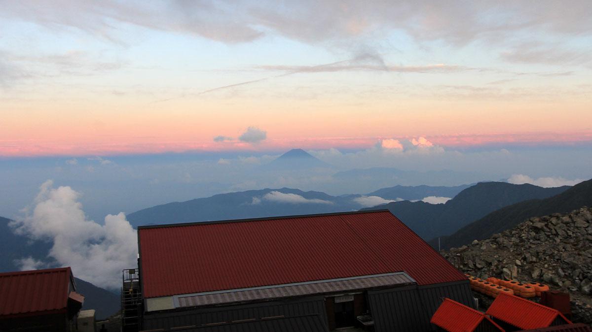 北岳山荘からの夕焼け