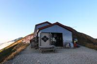 五竜山荘の入口